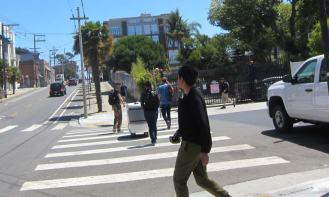 robots-crossing
